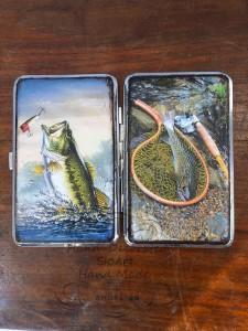 tabakera-rychno-dekorirana-ribolovni-motivi