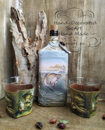 бутилка и чаши за рибар